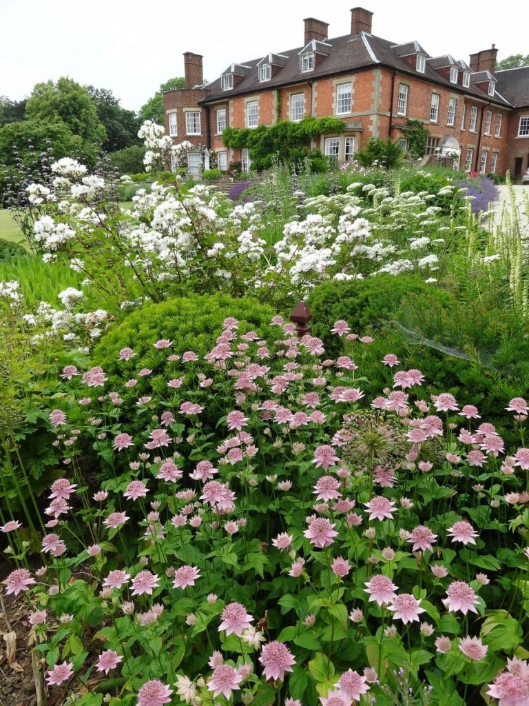 East Langton Leicestershire Garden Design   James ...